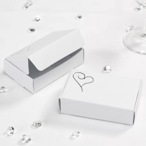 Contemporary Heart Cake Boxes - White & Silver (10)